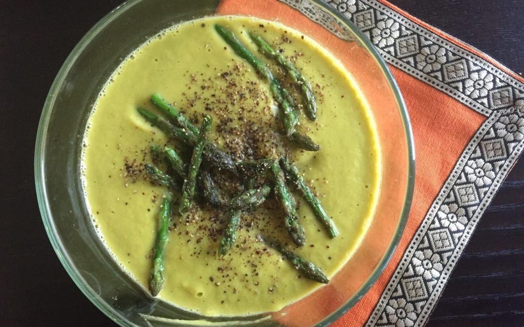 Creamy (sans Cream!) Broccoli-Asparagus Soup